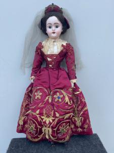 Кукла с бисквитной головой и телом из папье-маше Вышитое платье 18 века Майер и подпись Фелса Милан