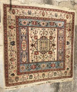 grande tappeto persiano