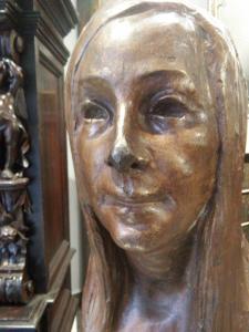 scultura in bronzo ritratto femminile