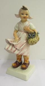 Statuina in porcellana bimba olandesina - anni 50 - firmata Mollica -perfetta