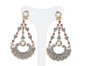 Brincos de estilo antigo em ouro 14k e prata com diamantes, rubis e pérolas