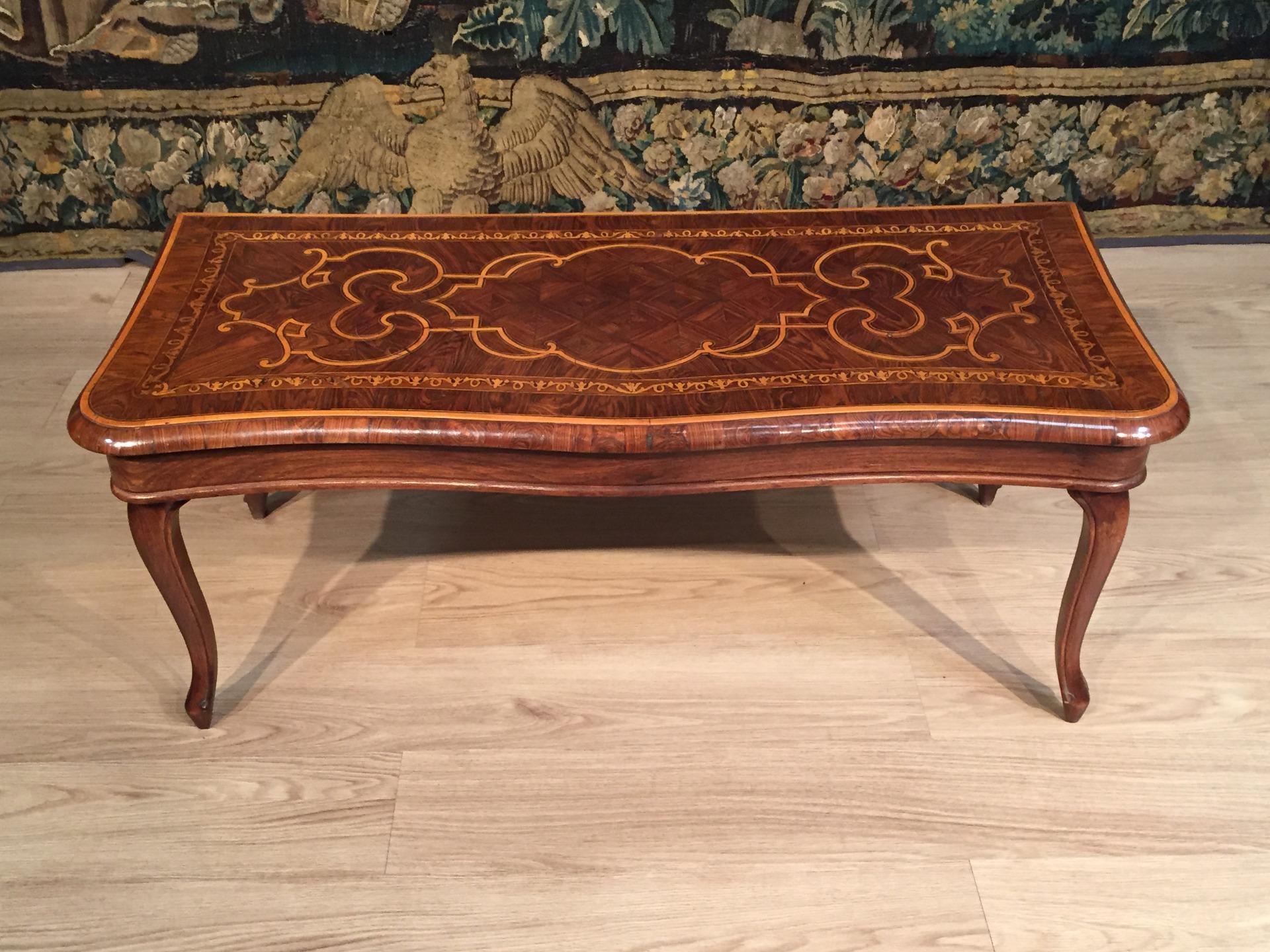 Tavolino Salotto Antiquariato.Tavolino Da Salotto Antiquariato Su Anticoantico