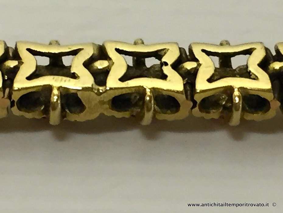 thumb6|Bracciale in oro primi 900 con 33 fiori con rubini