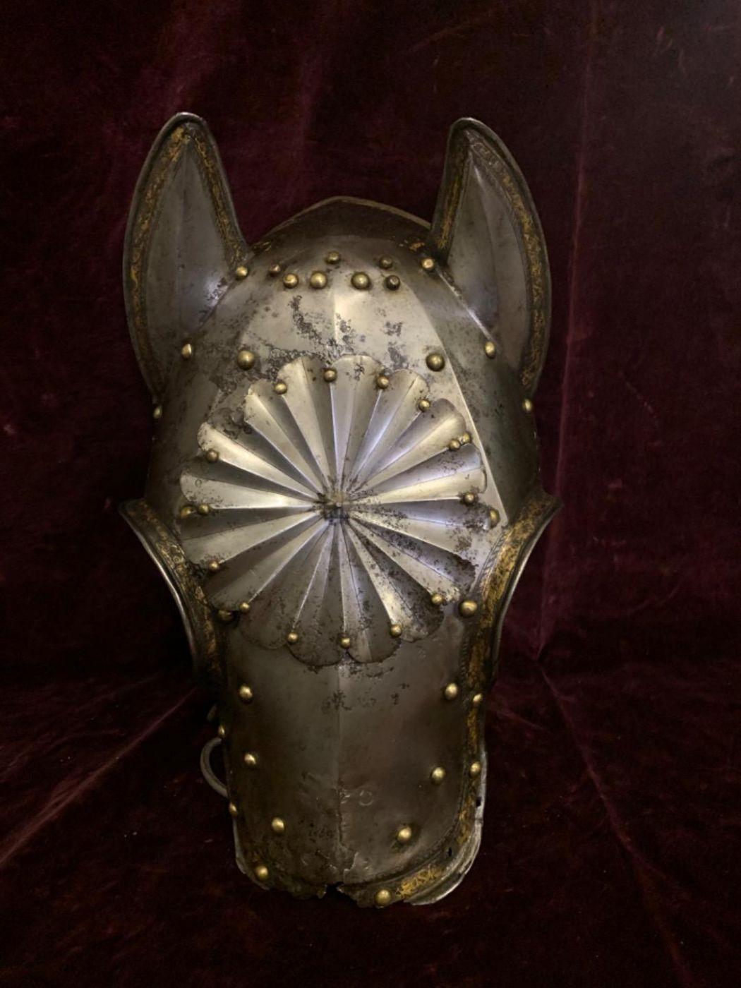 thumb2|Testiera da cavallo 1570-1580