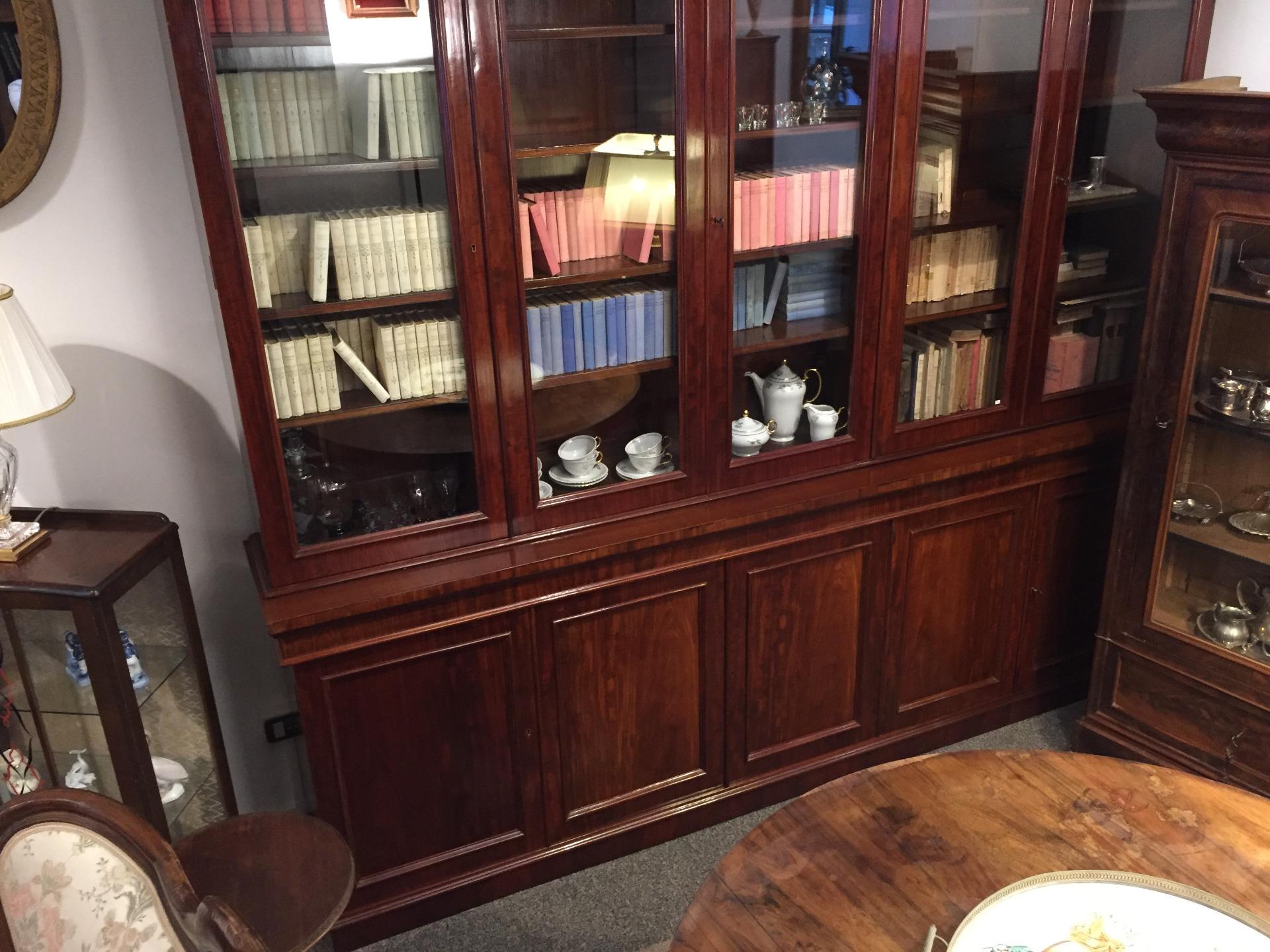 Libreria in mogano anni 30 40 inglese stile vittoriano antiquariato su anticoantico - Mobili stile anni 30 ...