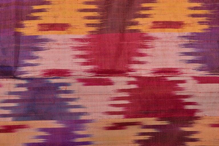 thumb4|Antico pannello in seta IKAT dall'UZBEKISTAN - B/276