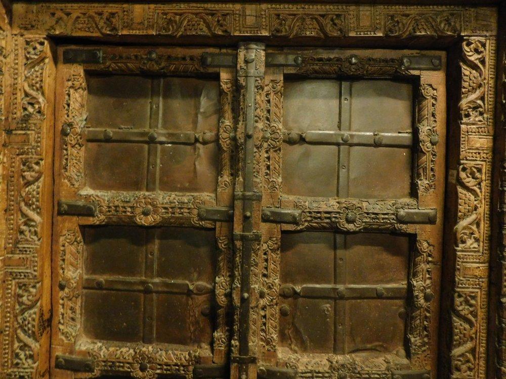 thumb2|ptci422 portoncino etnico, mis. con telaio h cm 197 x 106