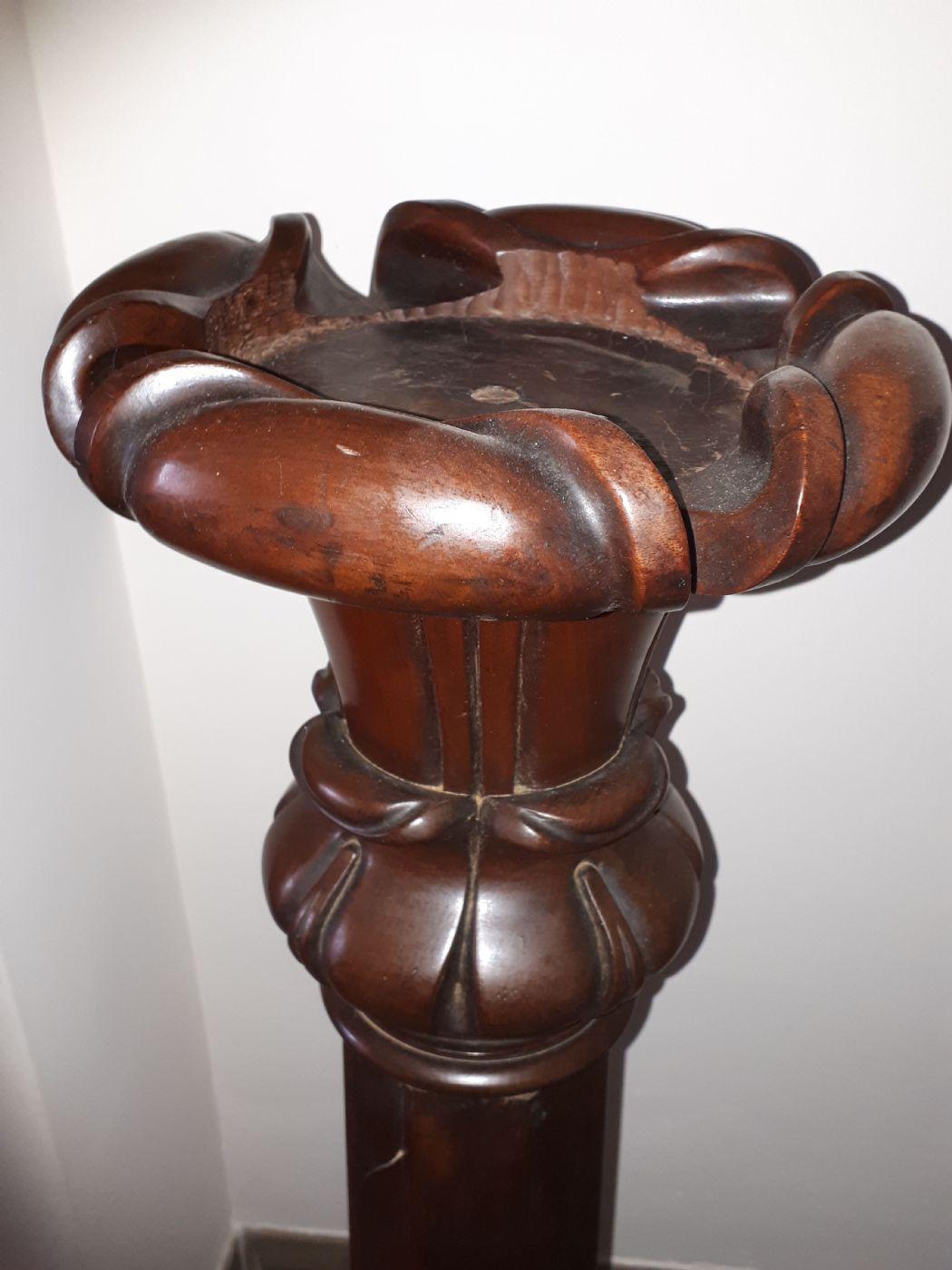thumb3 Coppia di colonne in mogano