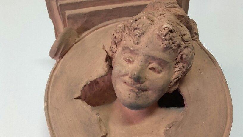 thumb2|Mensola in terracotta