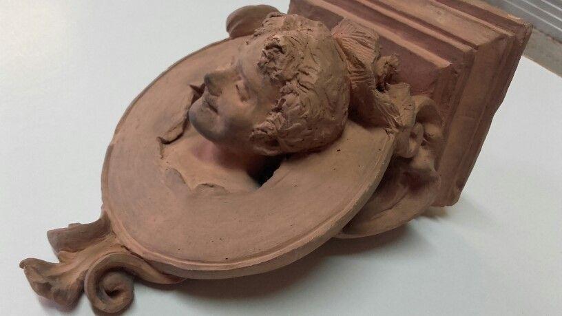thumb4|Mensola in terracotta
