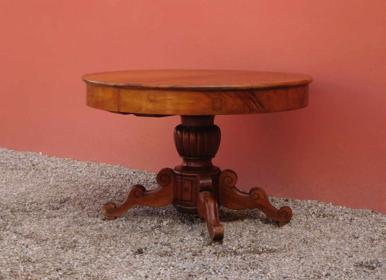 Tavolo Rotondo Allungabile In Noce.Round Extendable Table Walnut Central Stem 800 Diam 119 Cm