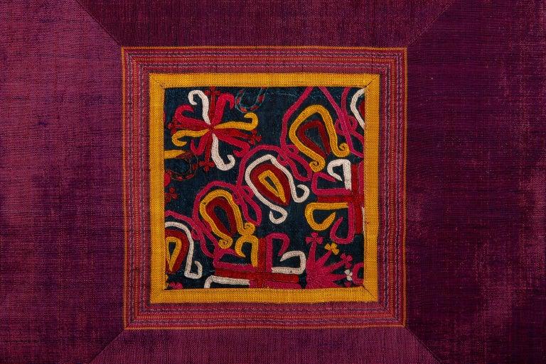 thumb2|Cuscini in seta con frammenti IKAT - B/1326
