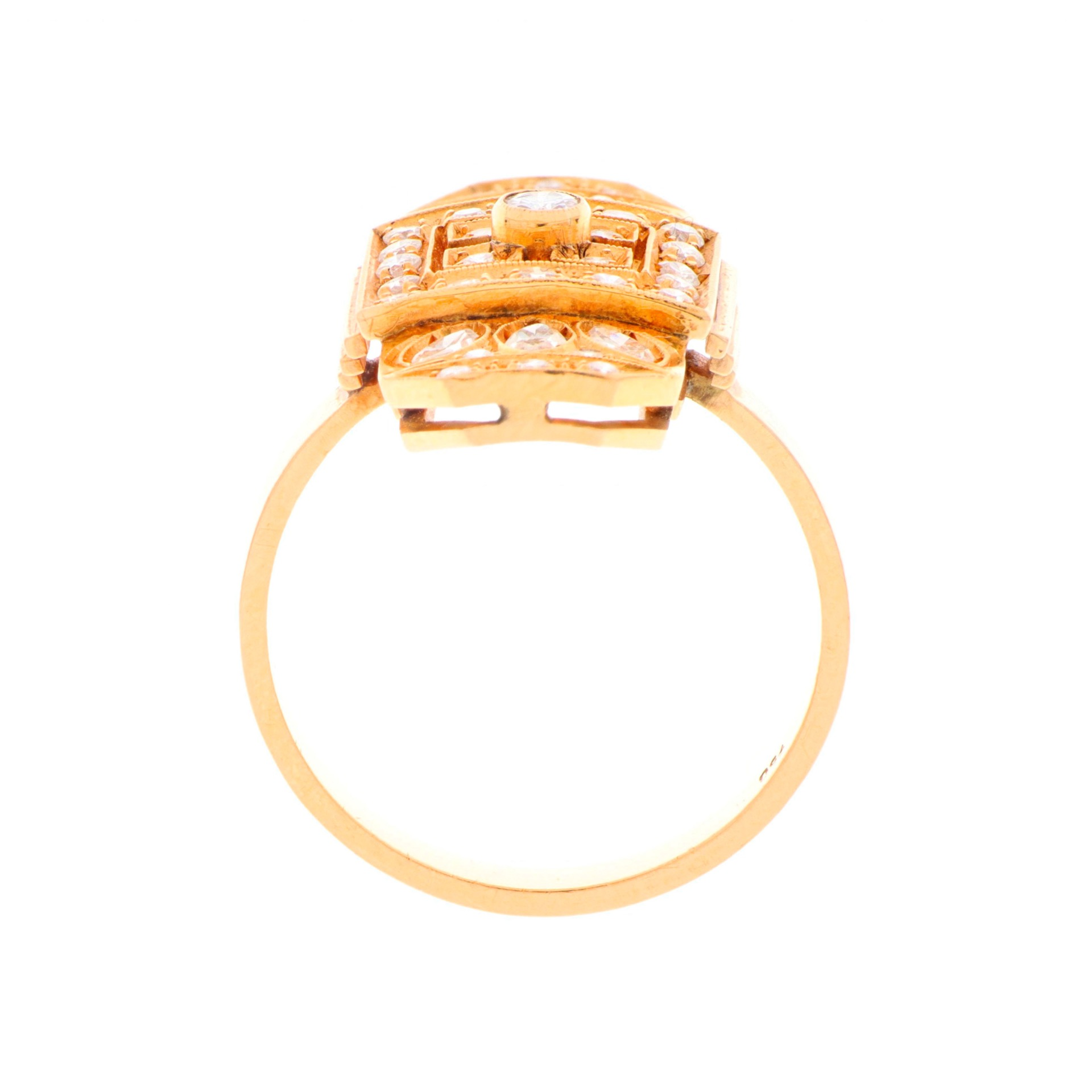 thumb3|Anello in oro giallo con diamanti