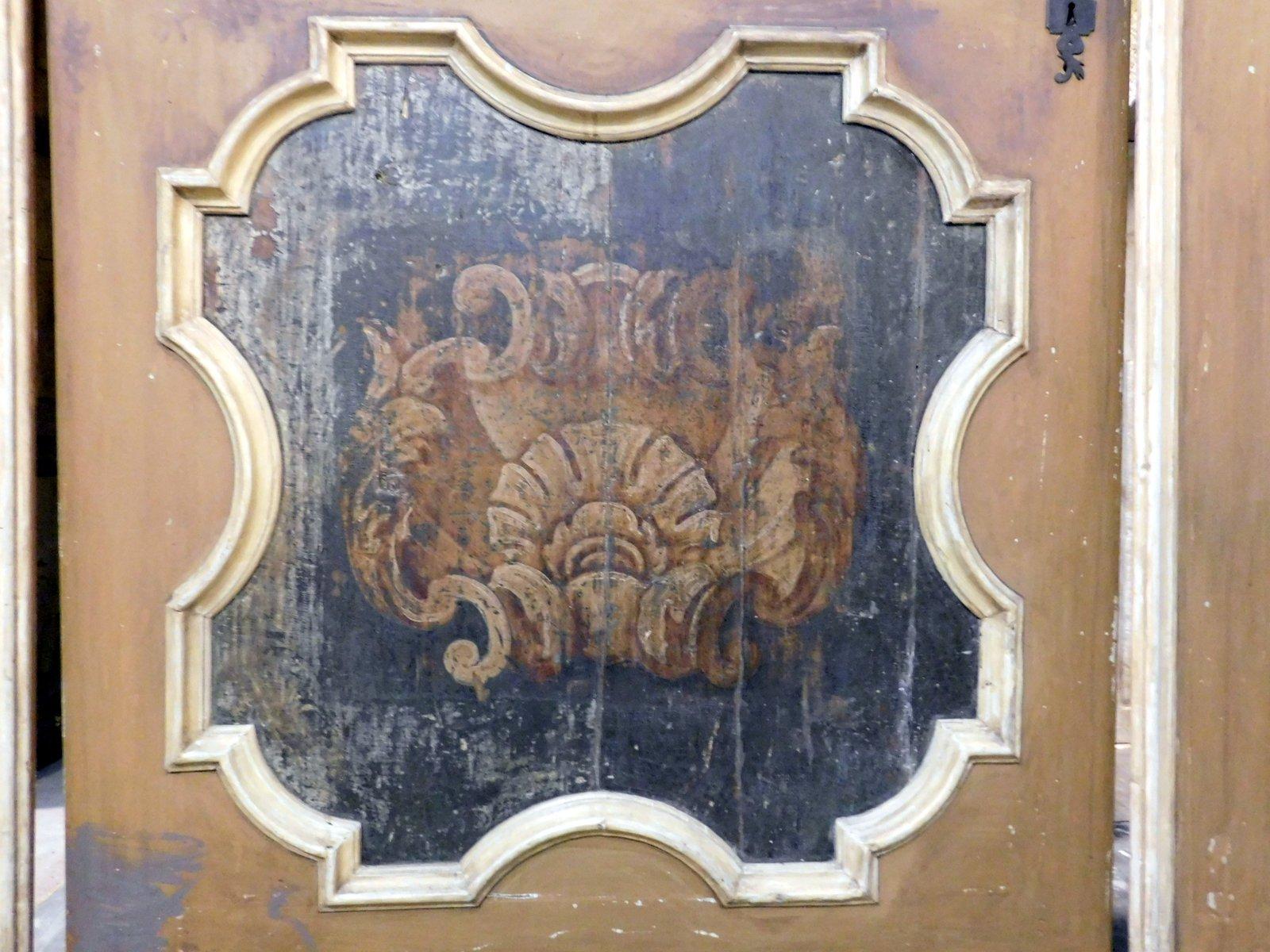 thumb4  ptl538 - porta laccata con pannelli dipinti, epoca '6/'700, cm l 170 x h 290