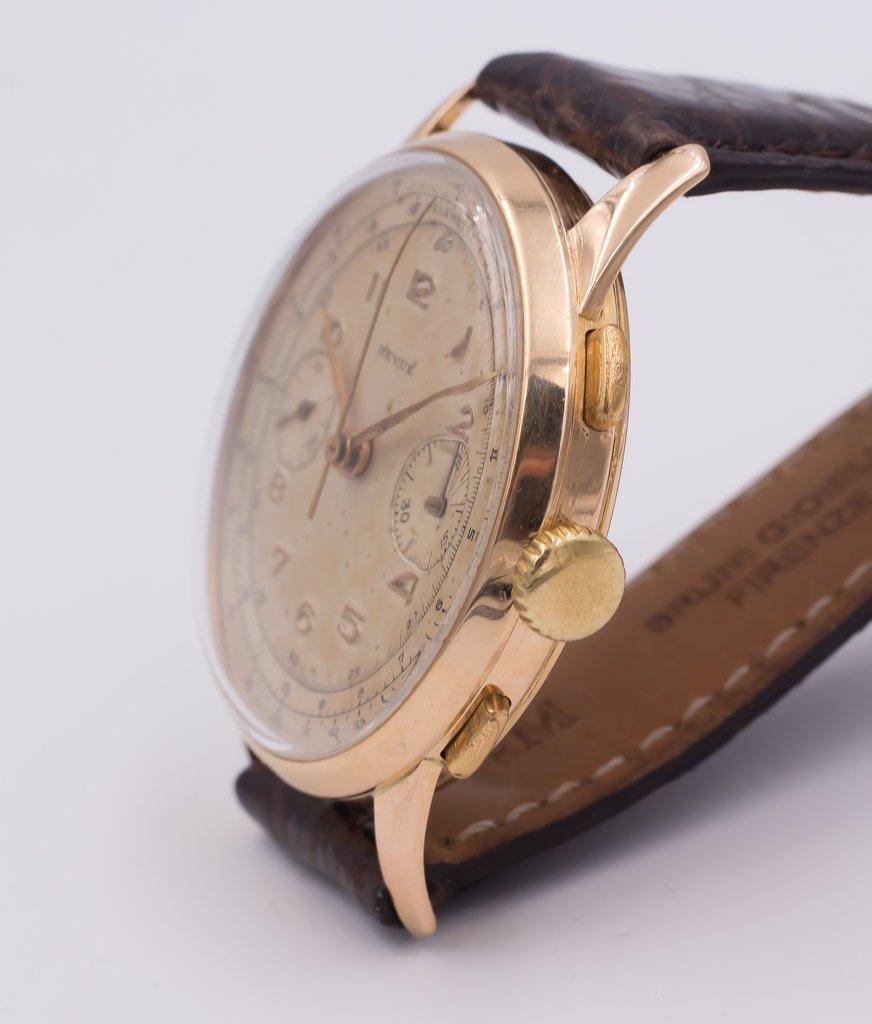 thumb2|Cronografo in oro Revue anni 50