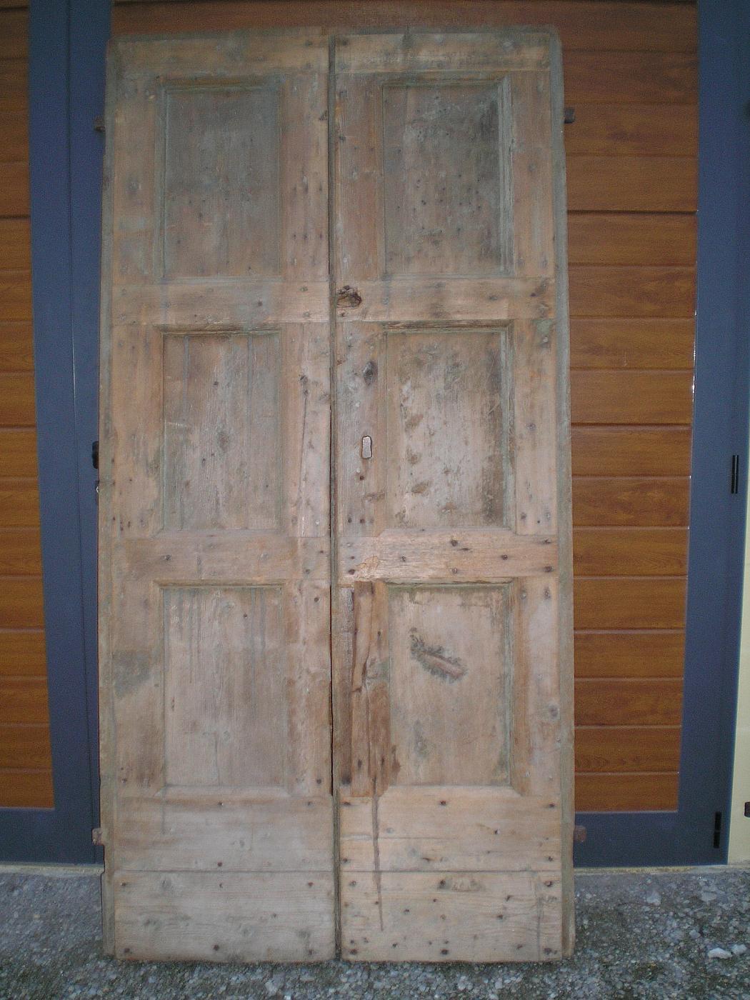 3 porte rustiche antiquariato su anticoantico for Porte antiche rustiche