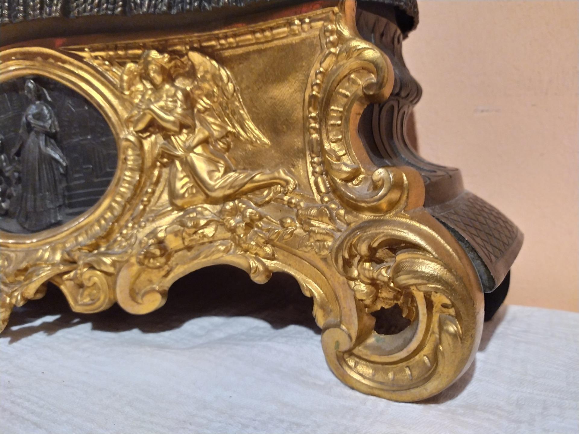 thumb3|Orologio in bronzo epoca Napoleone III