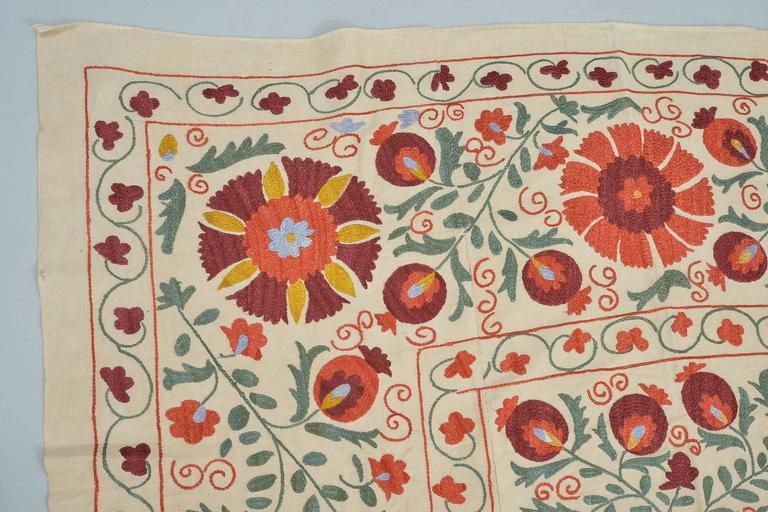 thumb3|Tessuto SUSANI in cotone con ricamo in seta