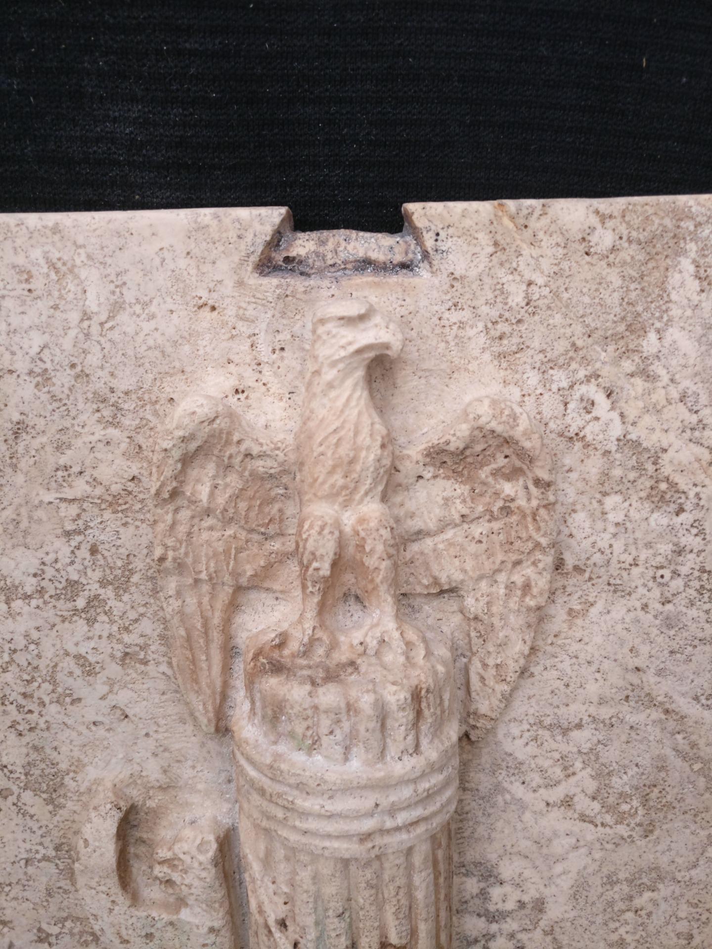 thumb4 Magnifica Coppia di Fasci Littori in Travertino - Stemmi da muro - 32 x 40 cm - Roma - 1927/28