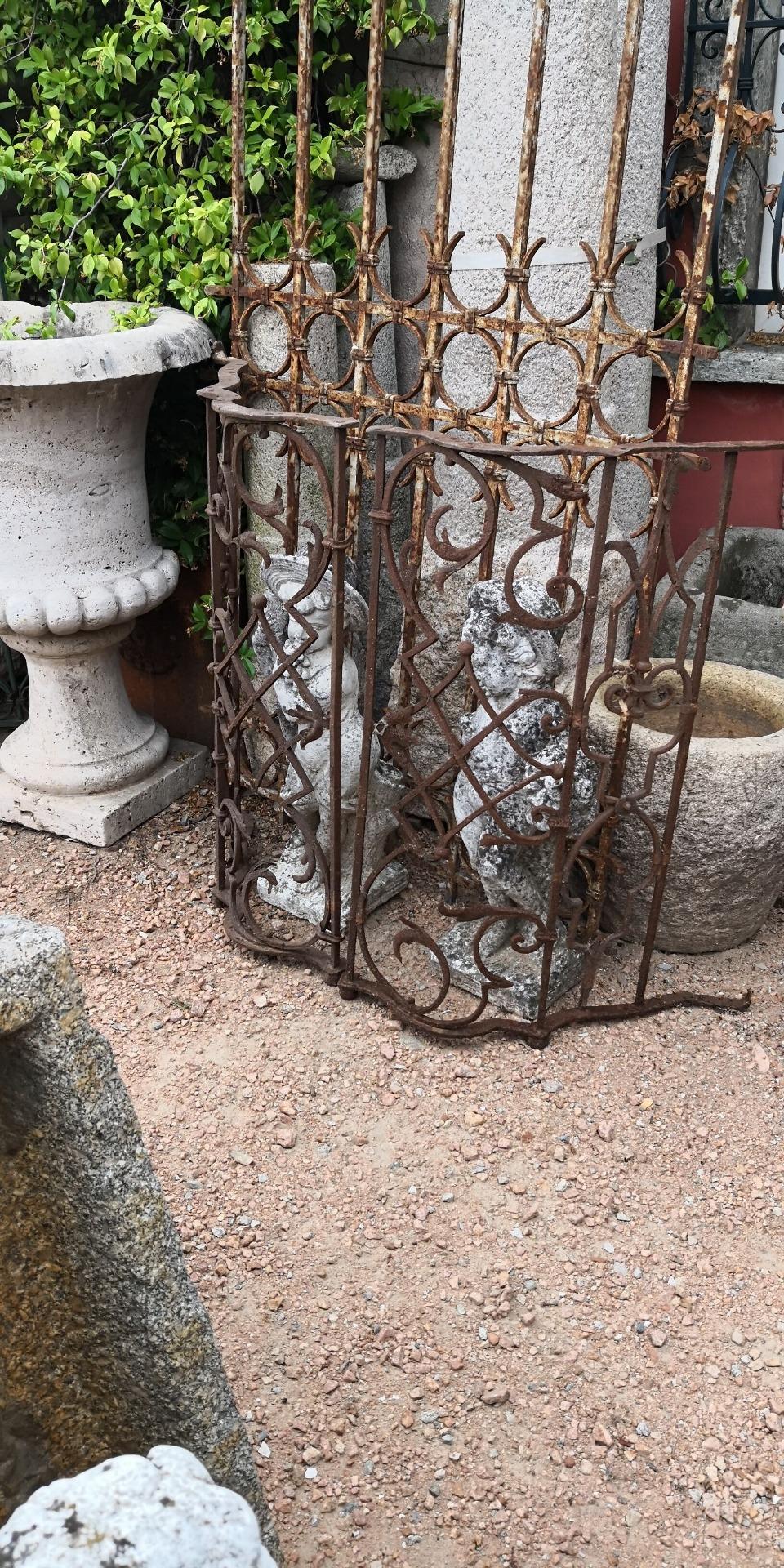 thumb2|Balcone in ferro