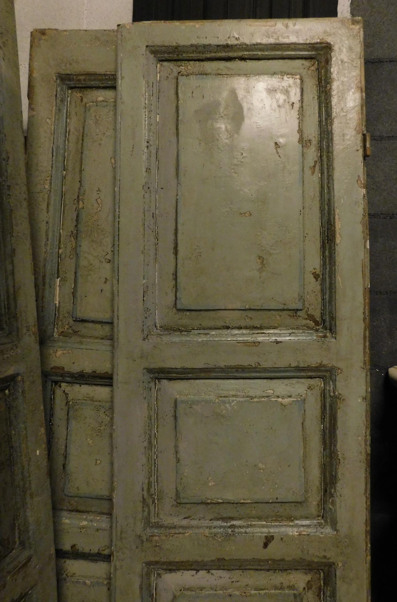 thumb2| pts743 - due porte laccate a due battenti, prima metà '800, cm l 114 x h 204