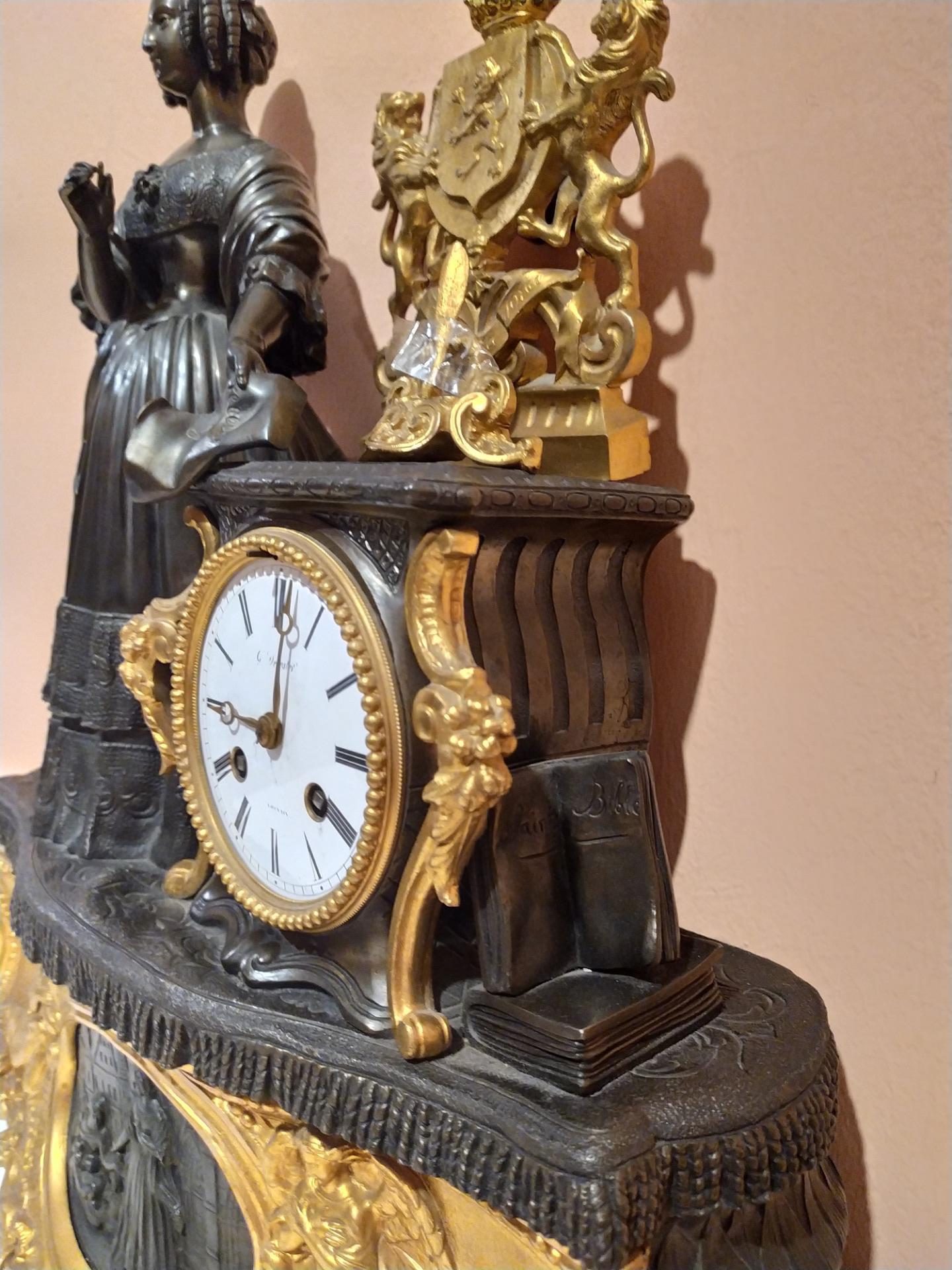thumb4|Orologio in bronzo epoca Napoleone III