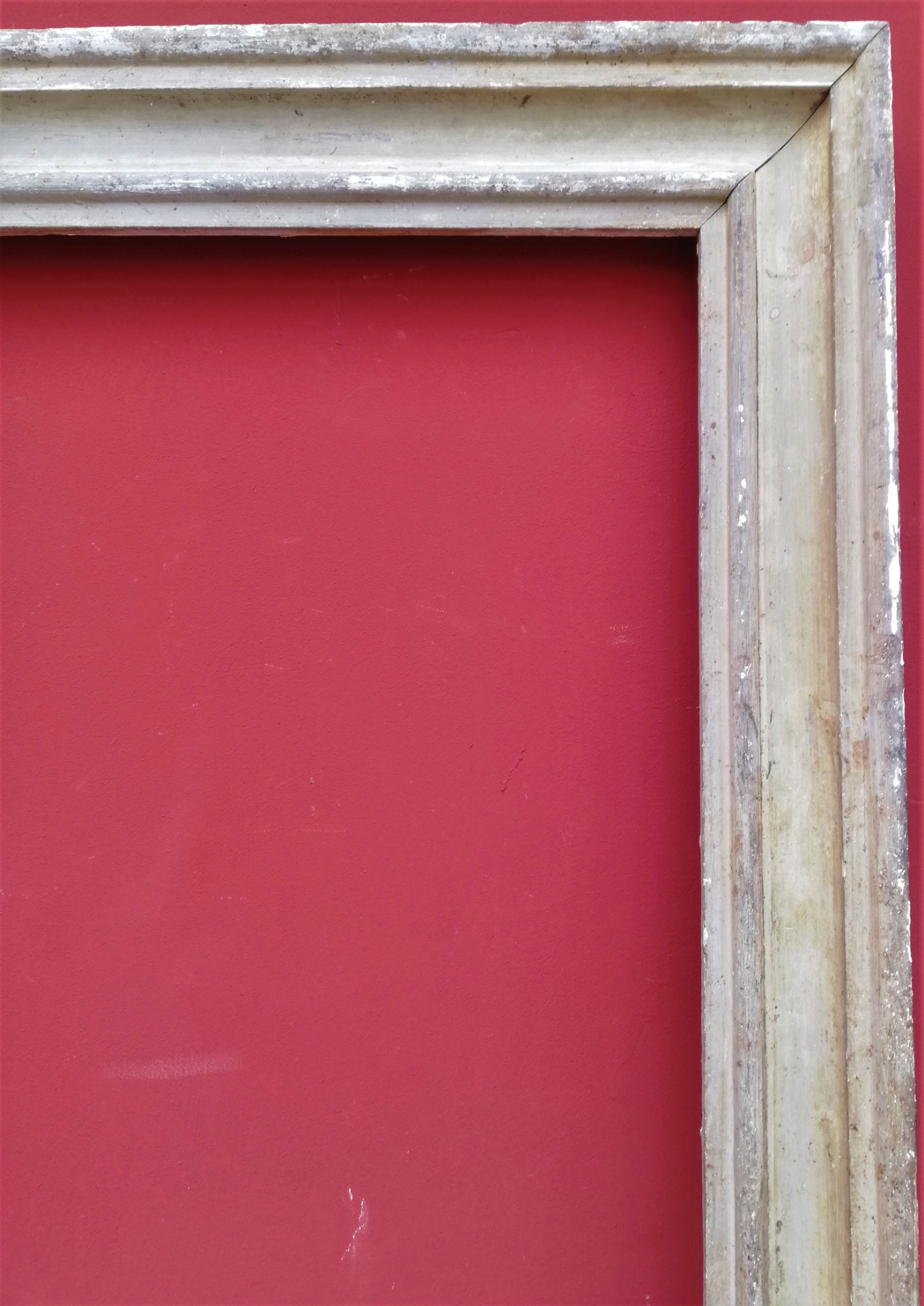 thumb2|cornice laccata