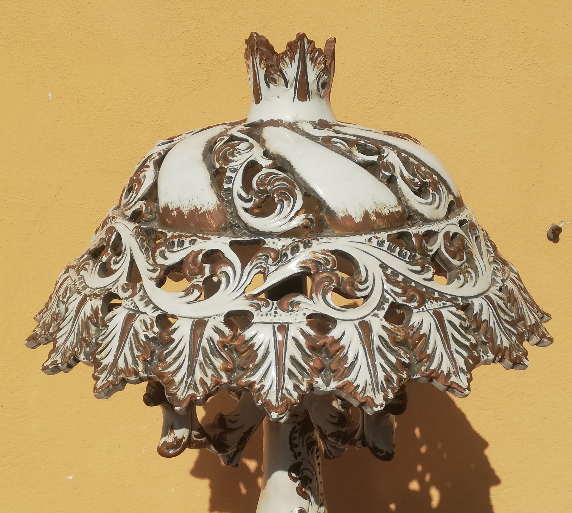 thumb2|lampda in ceramica Bassano
