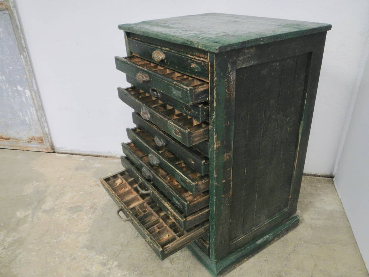 thumb3|cassettiera da tipografia anni 50