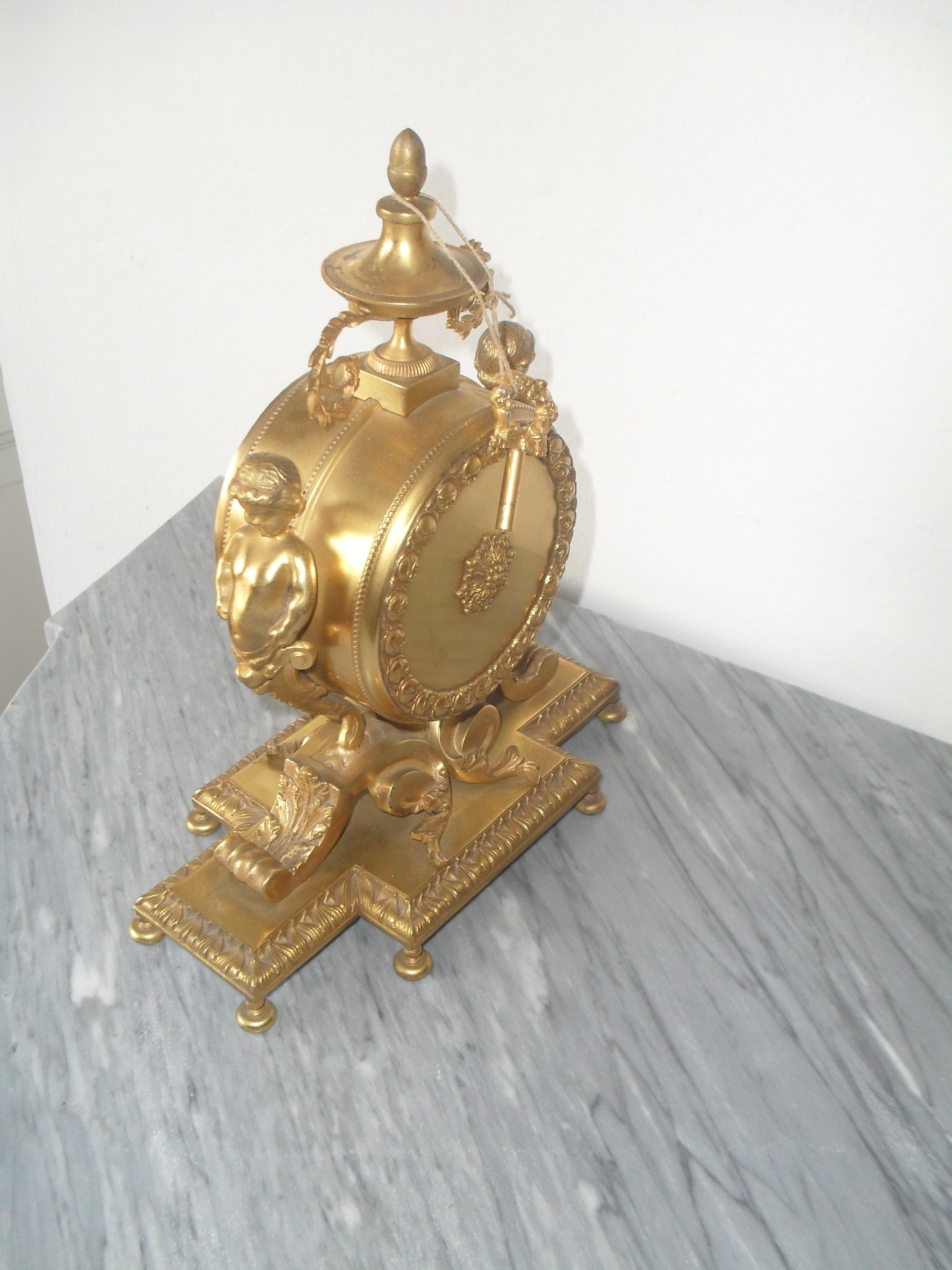 thumb2|orologio in bronzo