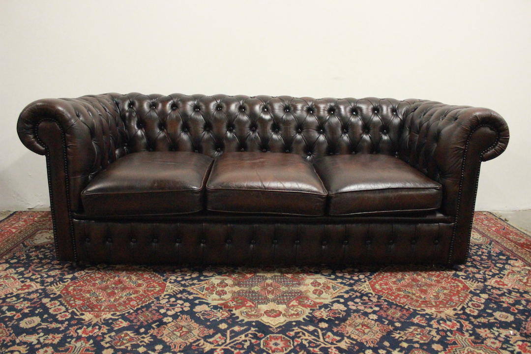 Divano Pelle Modello Chester.Chesterfield Chester Sofa 3 Seater Club Model Original English Color