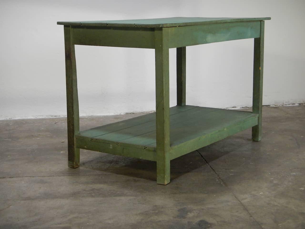 thumb4|bancone in  legno  di abete con due piani anni 50