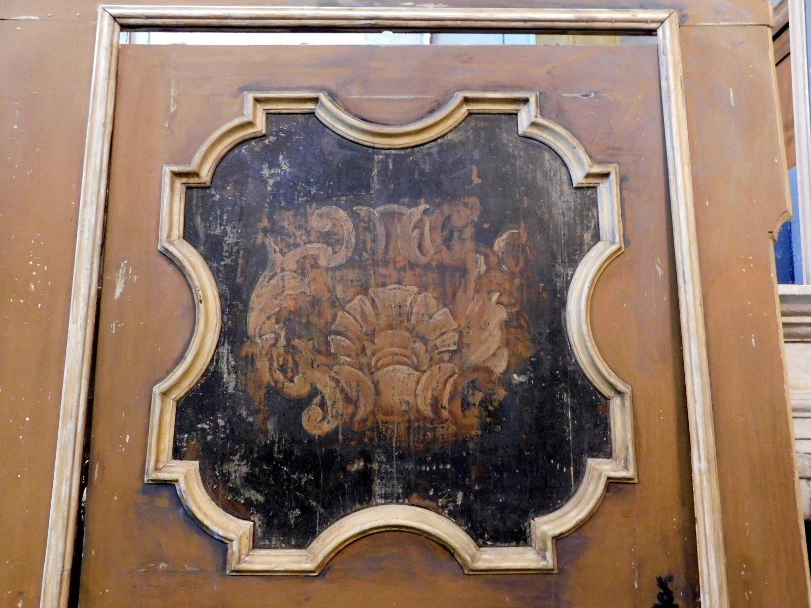 thumb3  ptl538 - porta laccata con pannelli dipinti, epoca '6/'700, cm l 170 x h 290