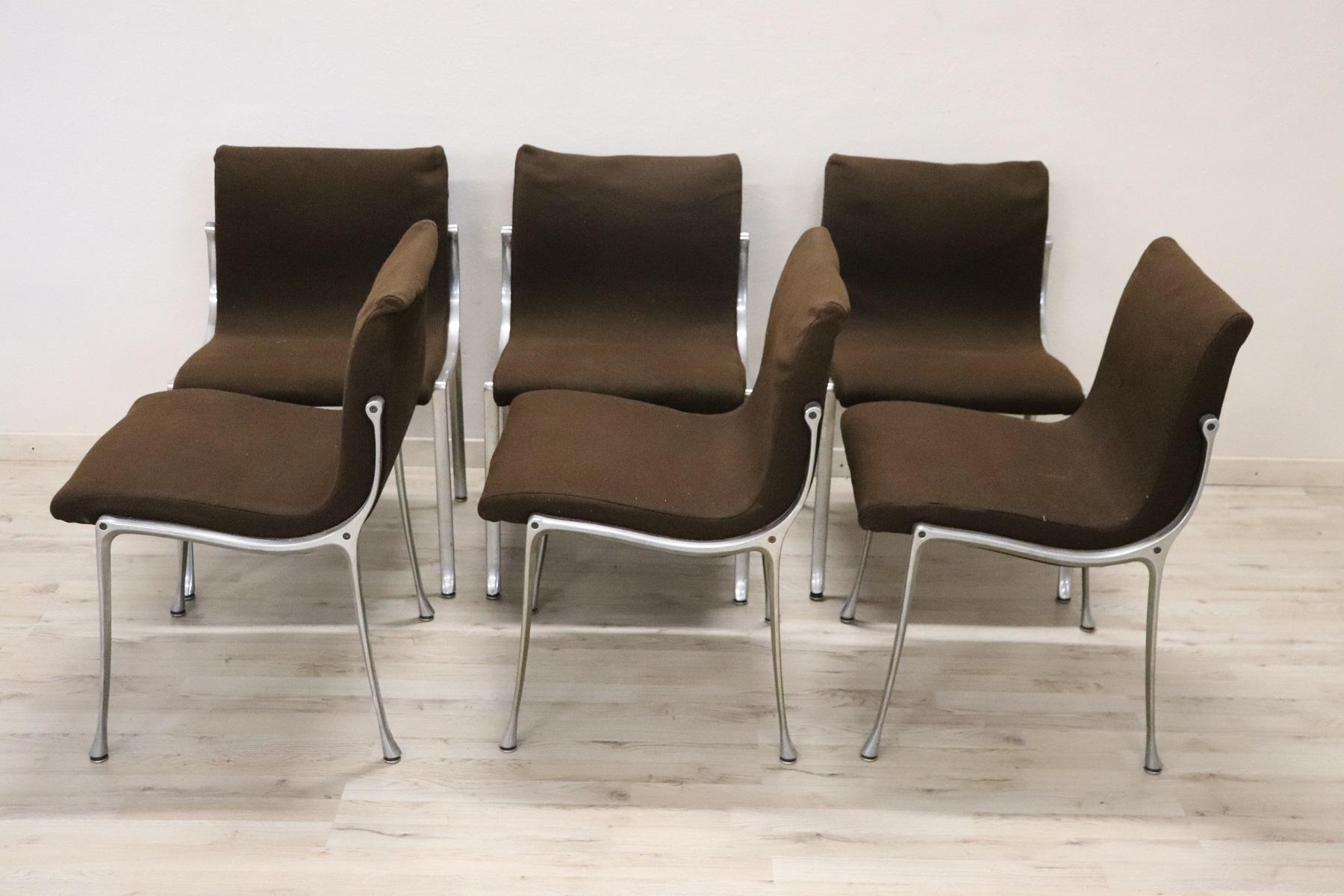 thumb2|Set di sei sedie design stile Osvaldo Borsani, 1970 prezzo trattabile