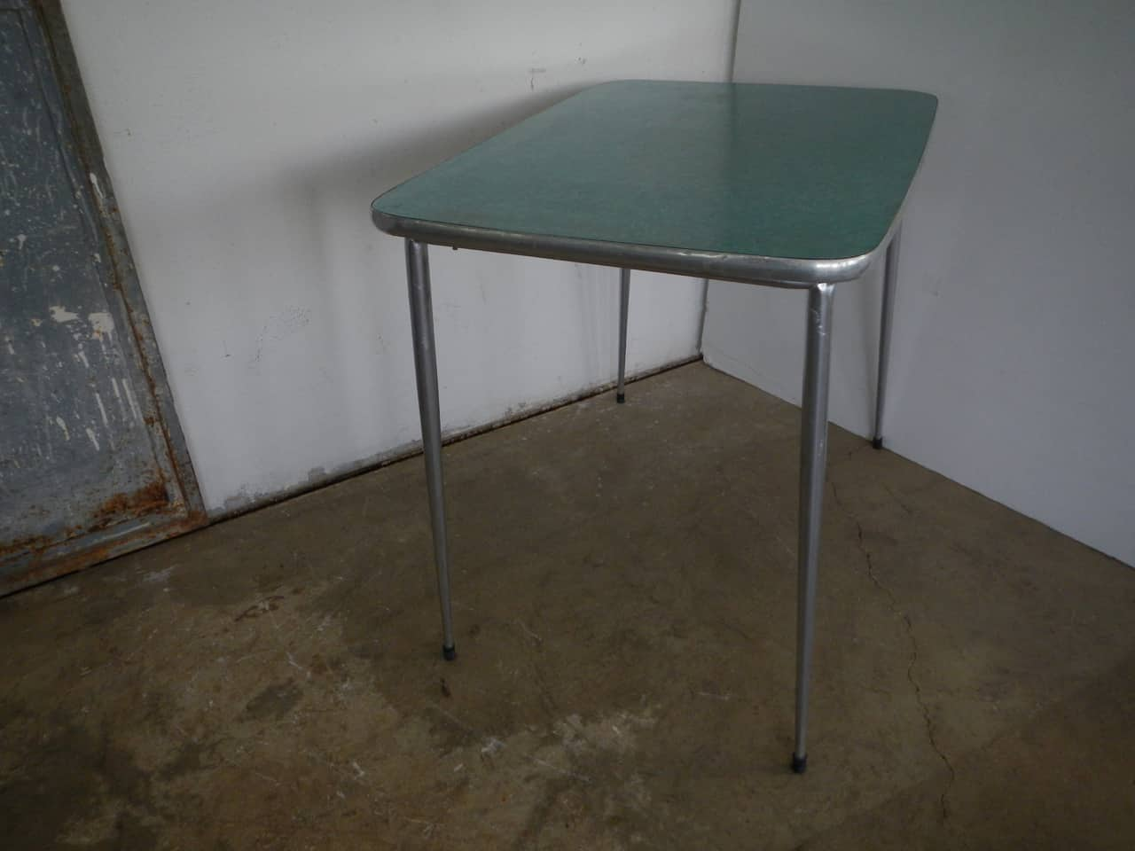 thumb5|tavolo da cucina in formica anni 50
