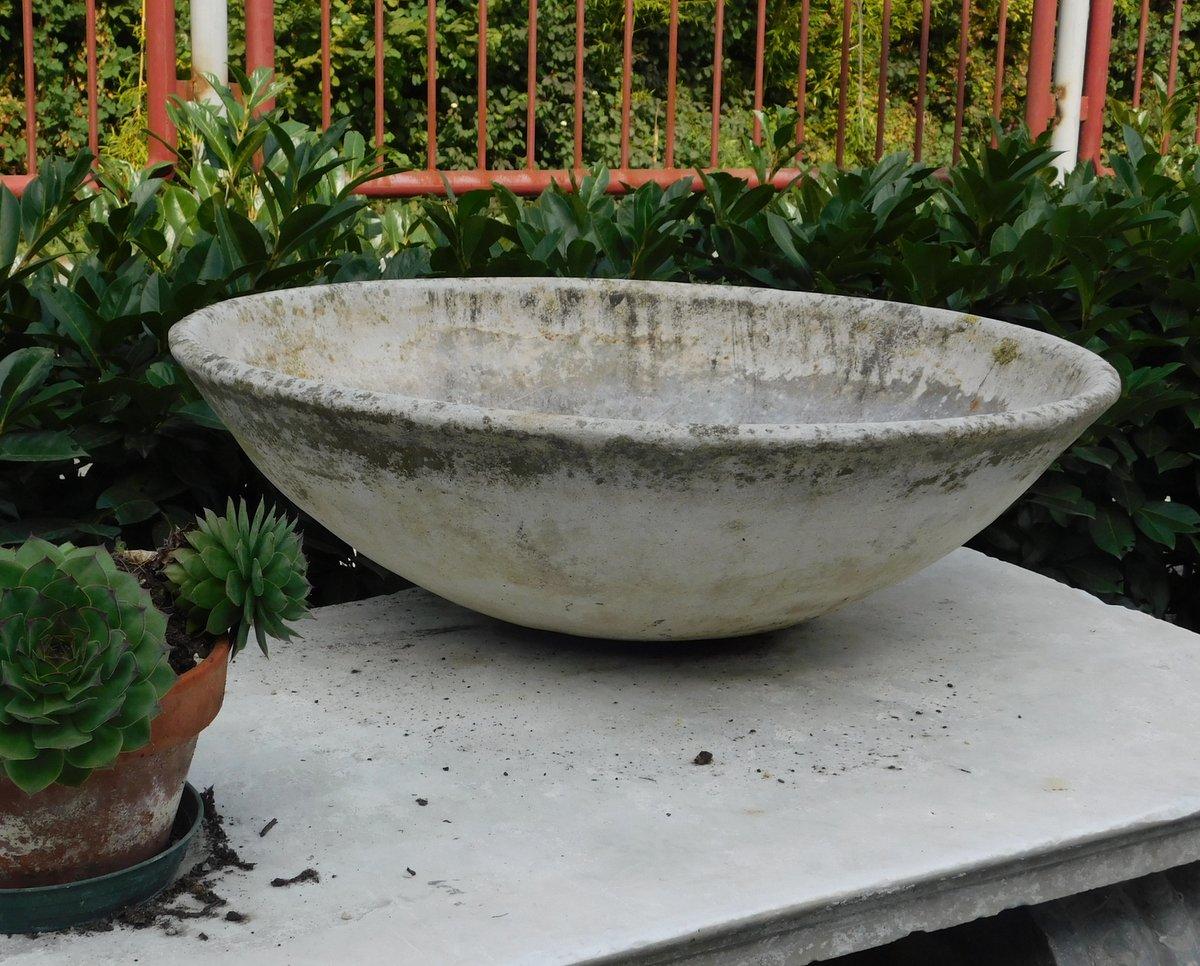 thumb4|dars292  vasi in cemento varie misure, anni '60