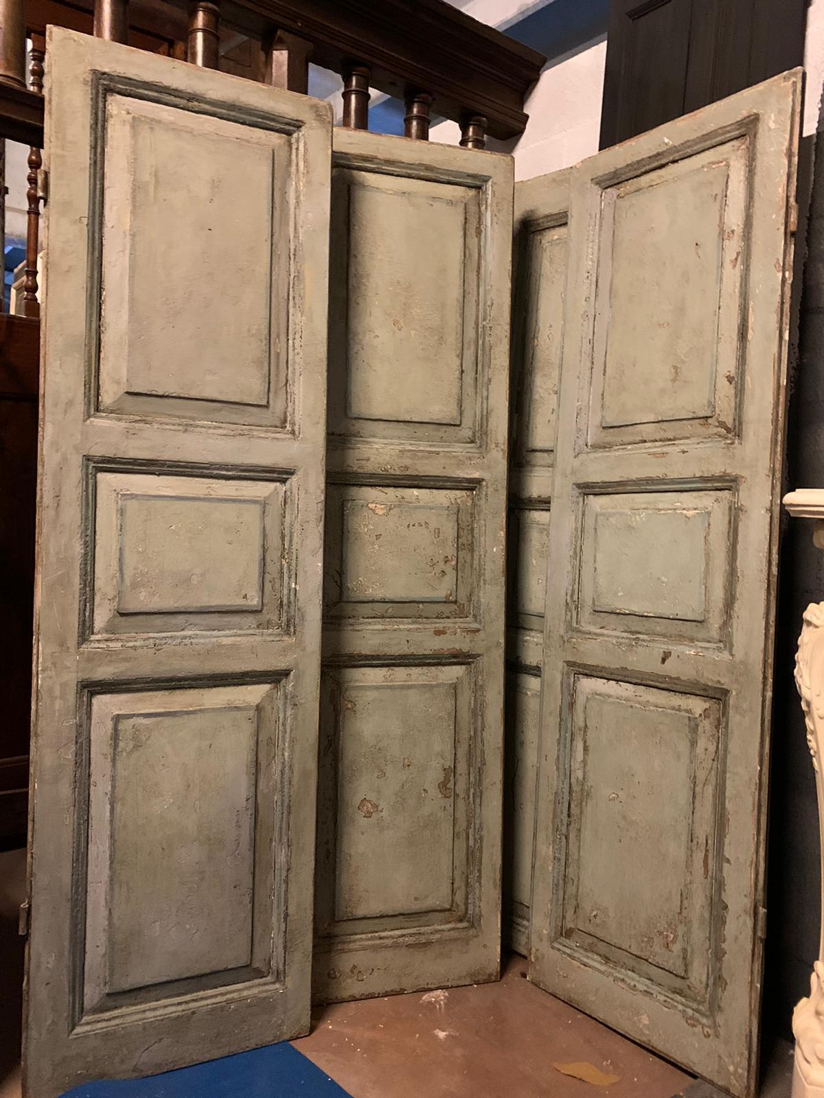 pts743 - due porte laccate a due battenti, prima metà '800, cm l 114 x h 204