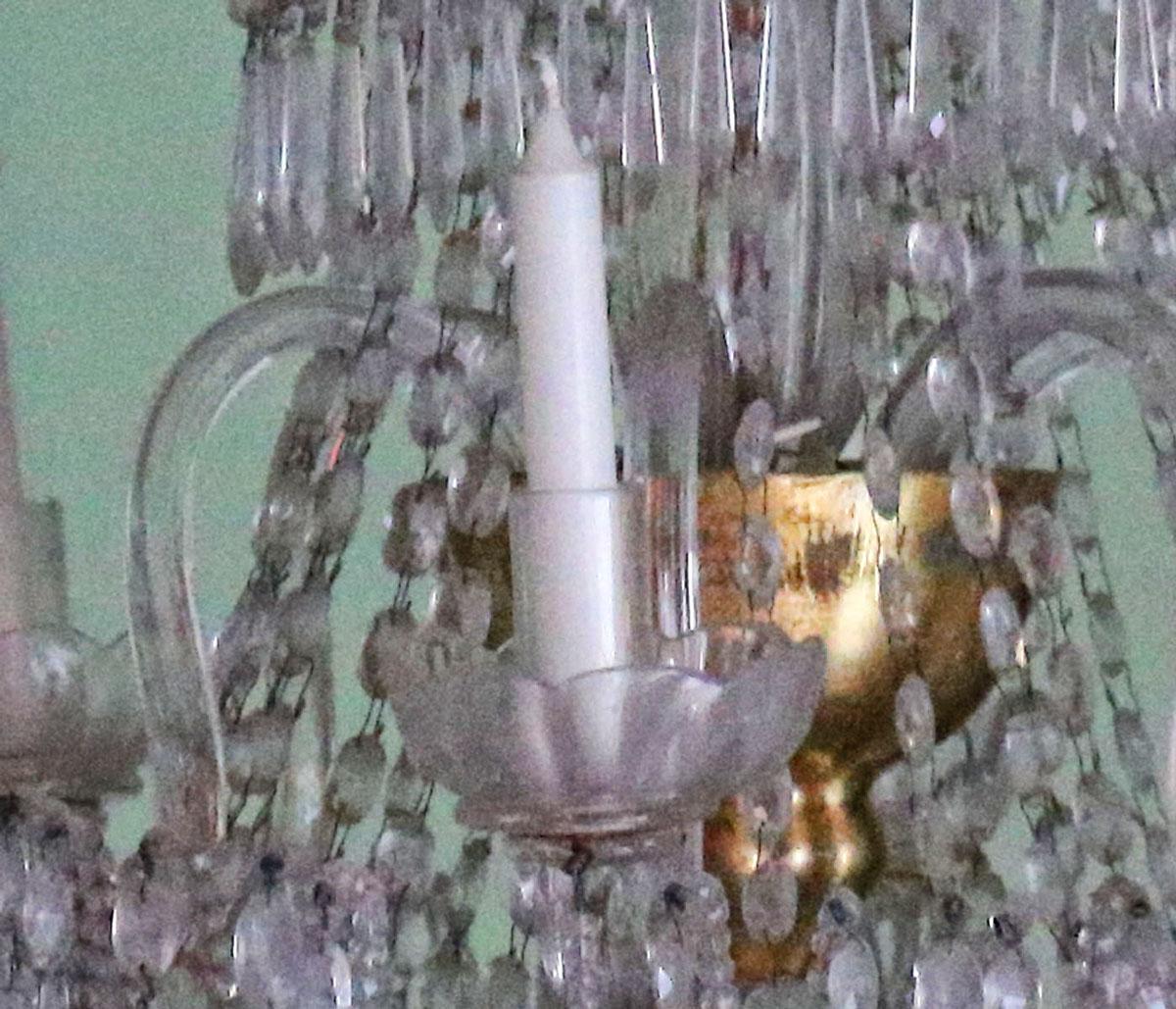 thumb4 Lampadario in Filo di Perle