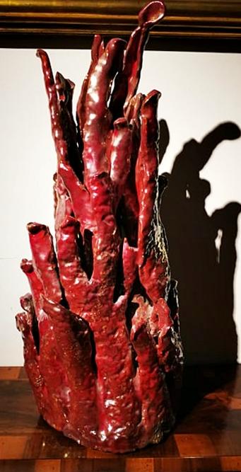 thumb2|Rara ceramica art deco' in lustro smaltato a forma di cespuglio di corallo. Firmata R.Gatti Faenza.