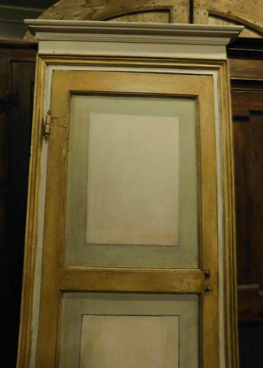 thumb2|ptl518 - porta laccata con telaio, XVIII secolo, cm l 100 x h 232