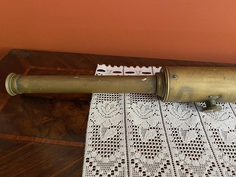 thumb3 cannocchiale in ottone della Marina militare Inglese