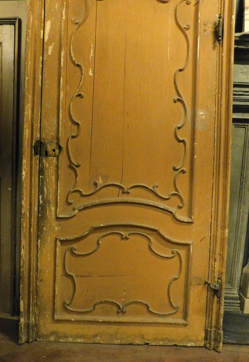thumb3|ptl519 - porta grande laccata con telaio, XVIII secolo, mis. cm l 130 x h 360