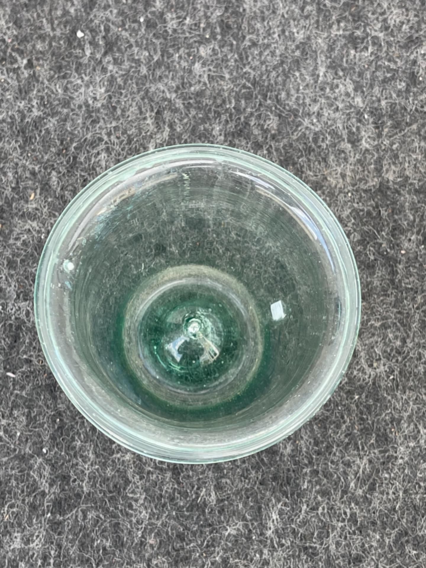 thumb3 Vasetto in vetro soffiato leggero da farmacia.Modena