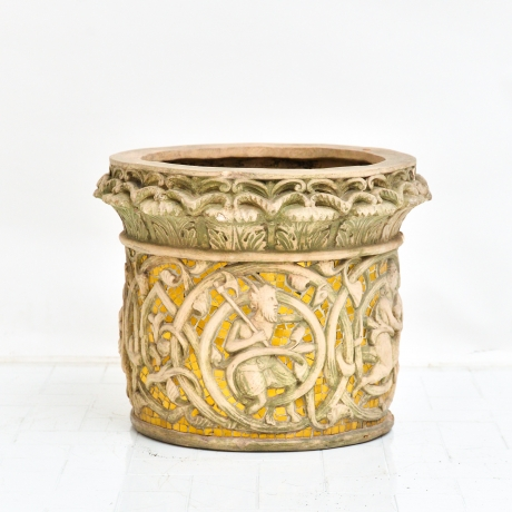 thumb4|Vaso cachepot con fregio di stile gotico francese, Cachepot vase with French Gothic style frieze