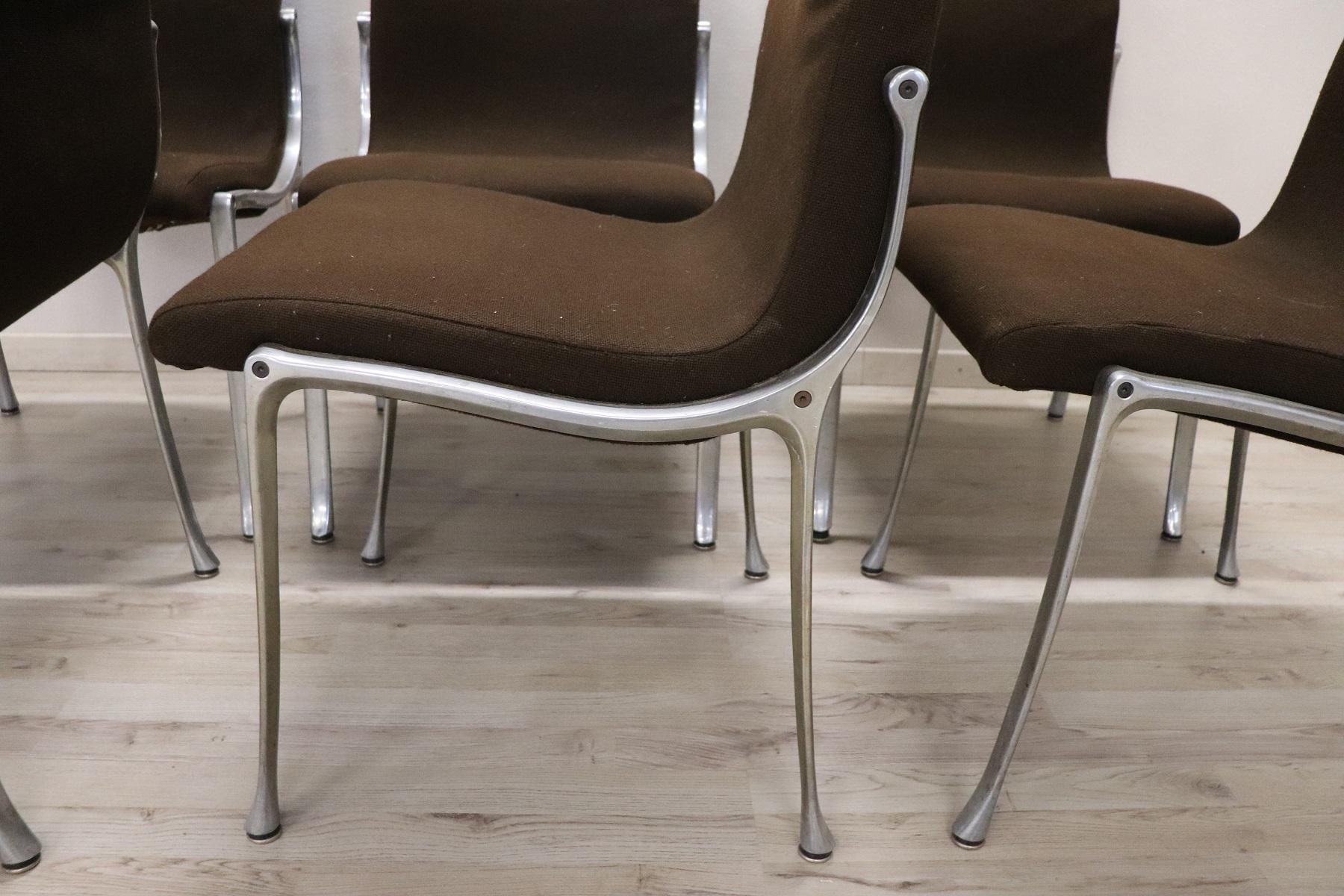 thumb3|Set di sei sedie design stile Osvaldo Borsani, 1970 prezzo trattabile