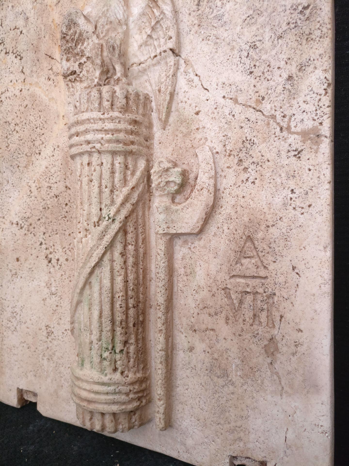 thumb8 Magnifica Coppia di Fasci Littori in Travertino - Stemmi da muro - 32 x 40 cm - Roma - 1927/28