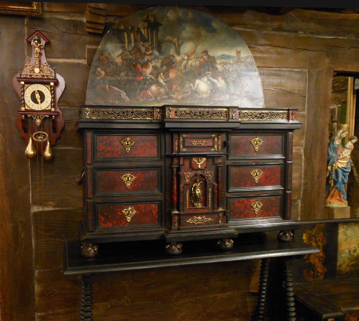 Raffinato stipo cabinet o monetiere di inizio settecento antiquariato su anticoantico - Immagini mobili antichi ...