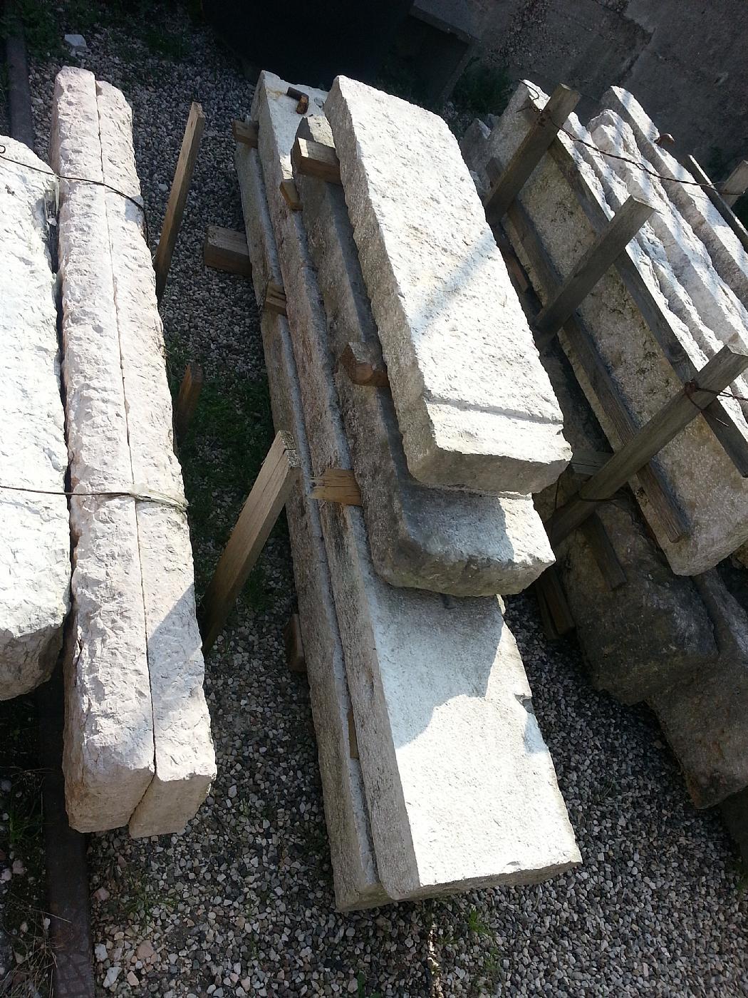 thumb3|potefinestre in pietra