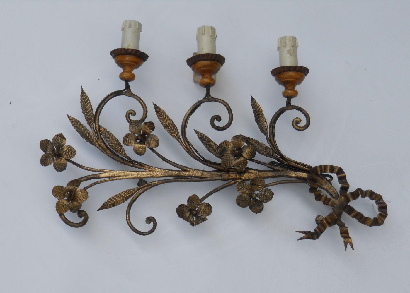 thumb5|Coppia di appliques in ferro battuto a tre luci XVIII° sec.