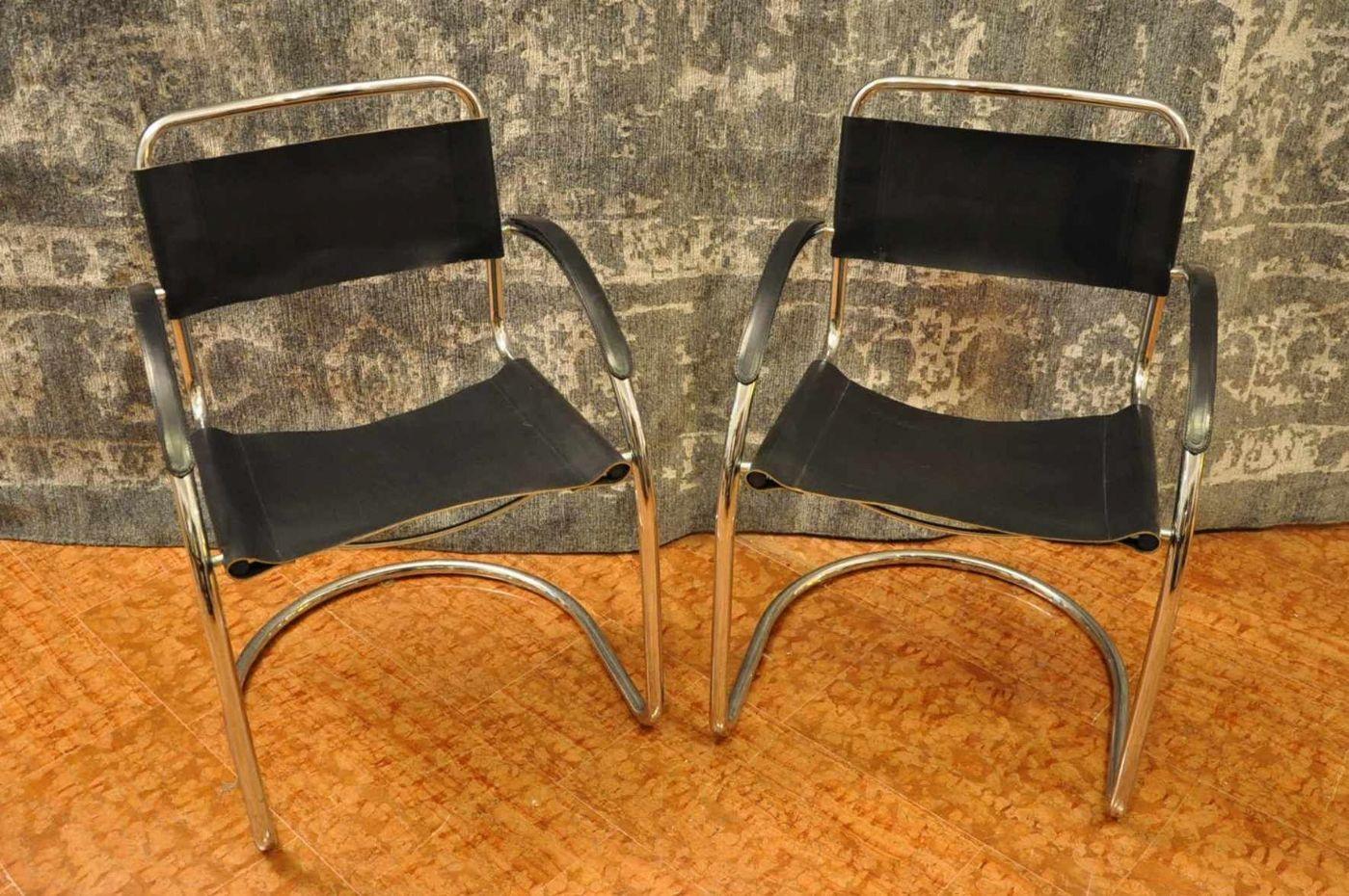 Quattro sedie cuoio e acciaio antiquariato su anticoantico